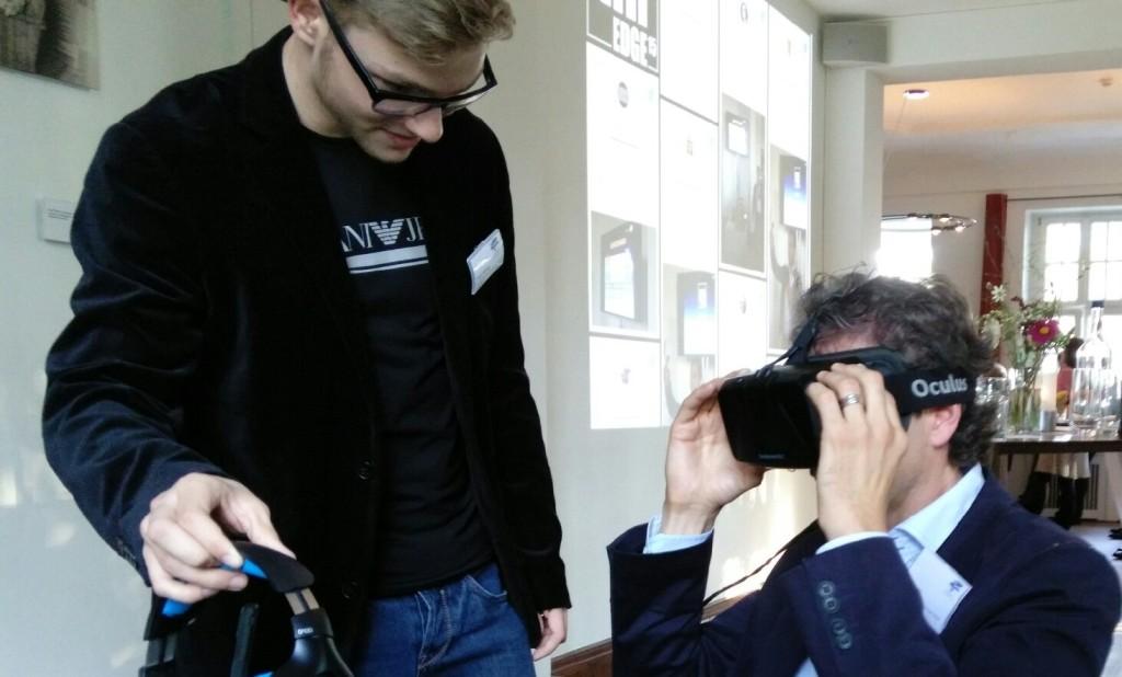 hredge 2015 Fynn erklärt die virtuelle Welt